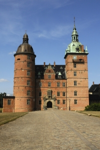 Vallö slott, Danmark